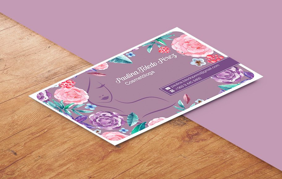 Diseño de tarjetas de presentación cosmetóloga flores femeninas