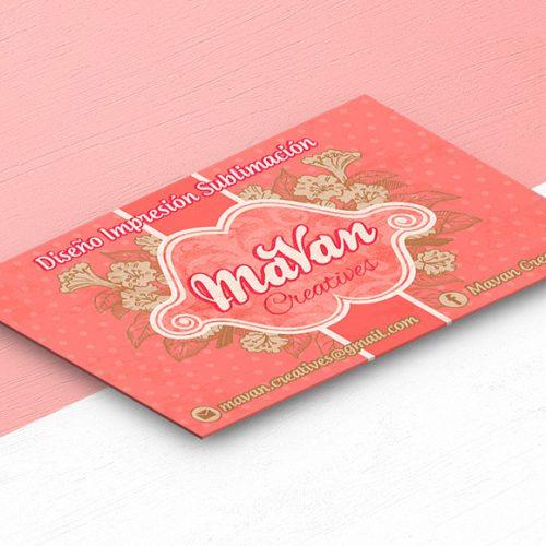 Diseño de tarjetas de presentación femeninas con flores Mavan-Creatives