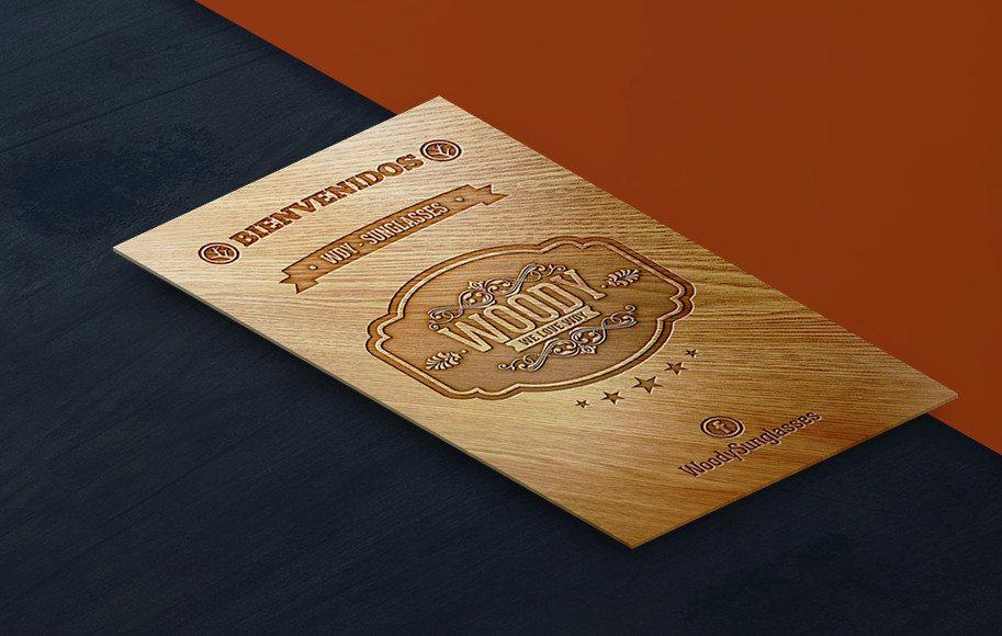 Diseño de tarjetas de presentación madera woody